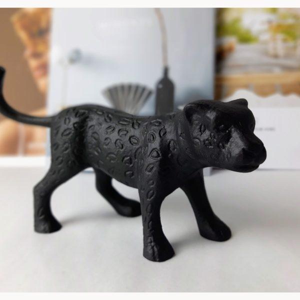 Black panther - zwarte panter beeld metaal